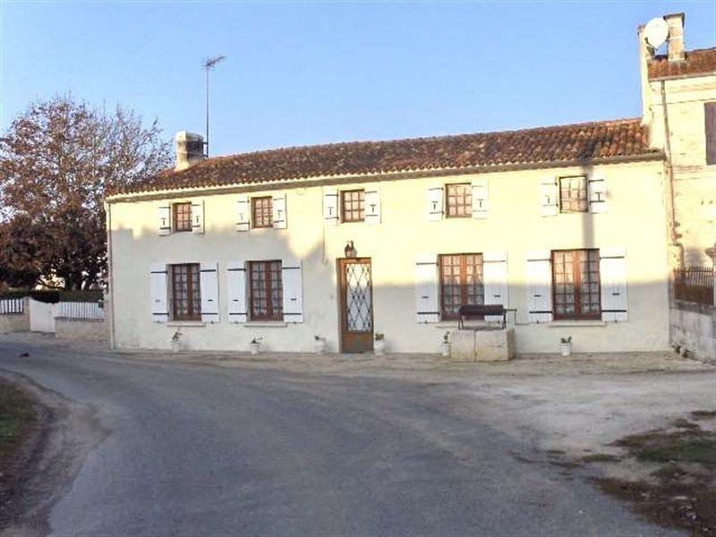 Sale house / villa Saint-porchaire 159000€ - Picture 1