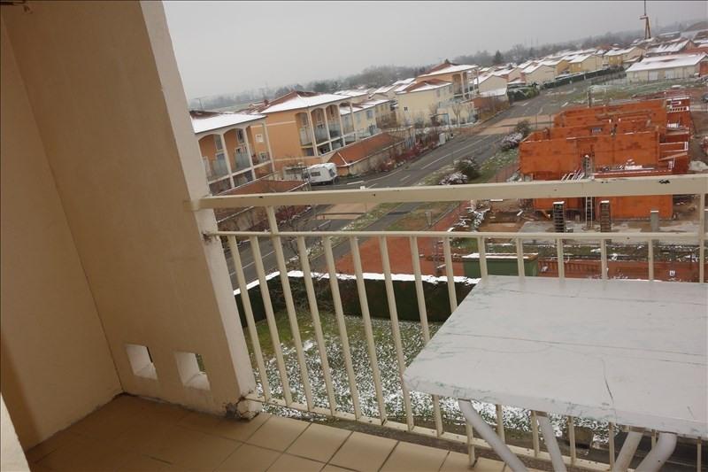 Location appartement Riorges 579€ CC - Photo 3