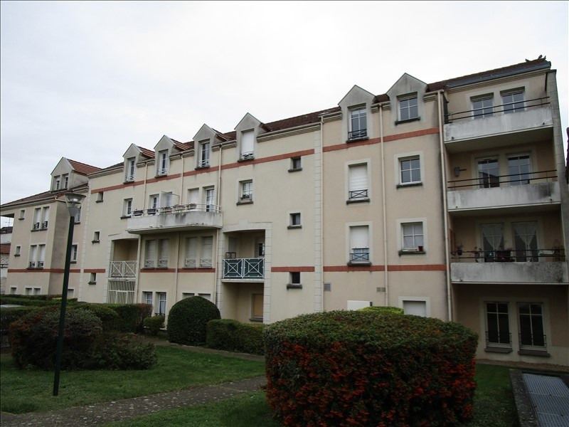 Sale apartment Carrieres sous poissy 135 000€ - Picture 1