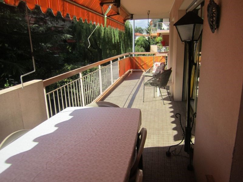 Rental apartment St laurent du var 1 550€ CC - Picture 2