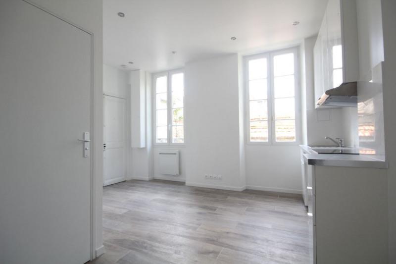 Sale apartment Saint germain en laye 260000€ - Picture 2
