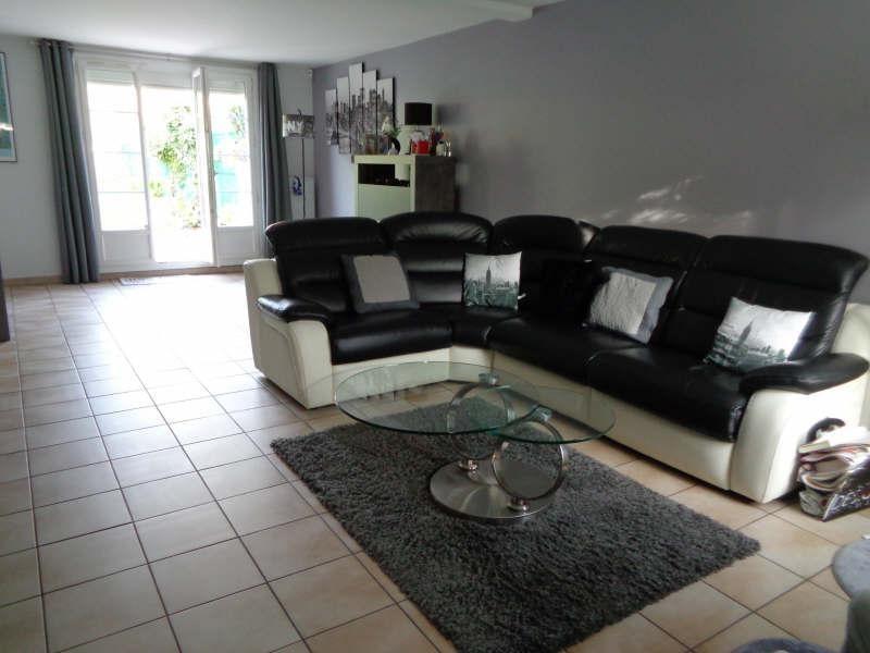 Sale house / villa Lesigny 380000€ - Picture 5
