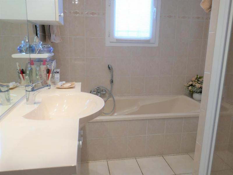 Sale house / villa Thoirette 209000€ - Picture 8