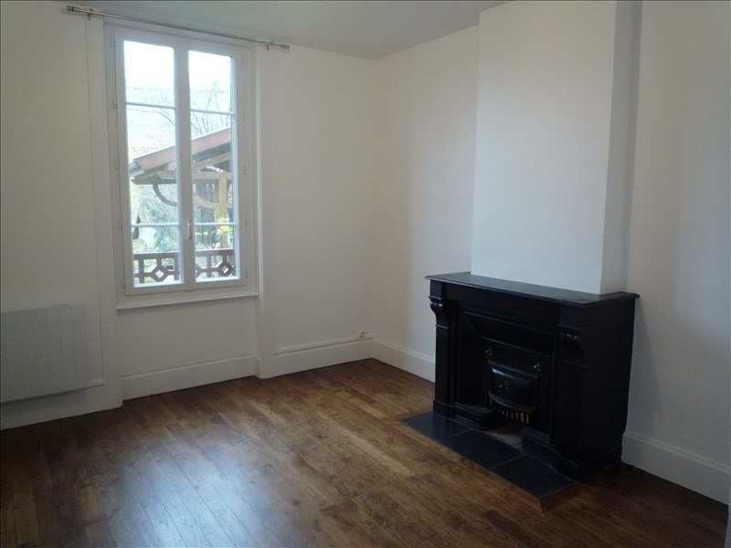 Location appartement Pont de cheruy 625€ CC - Photo 4