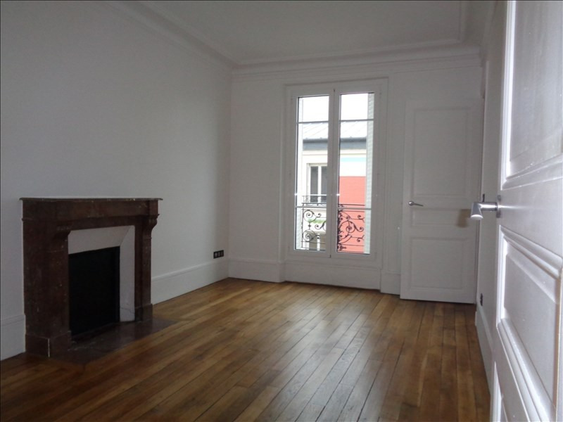 Rental apartment Courbevoie 1514€ CC - Picture 2