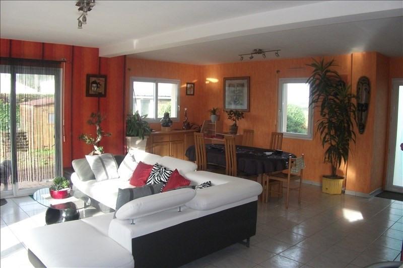 Vente maison / villa Confort meilars 203190€ - Photo 2