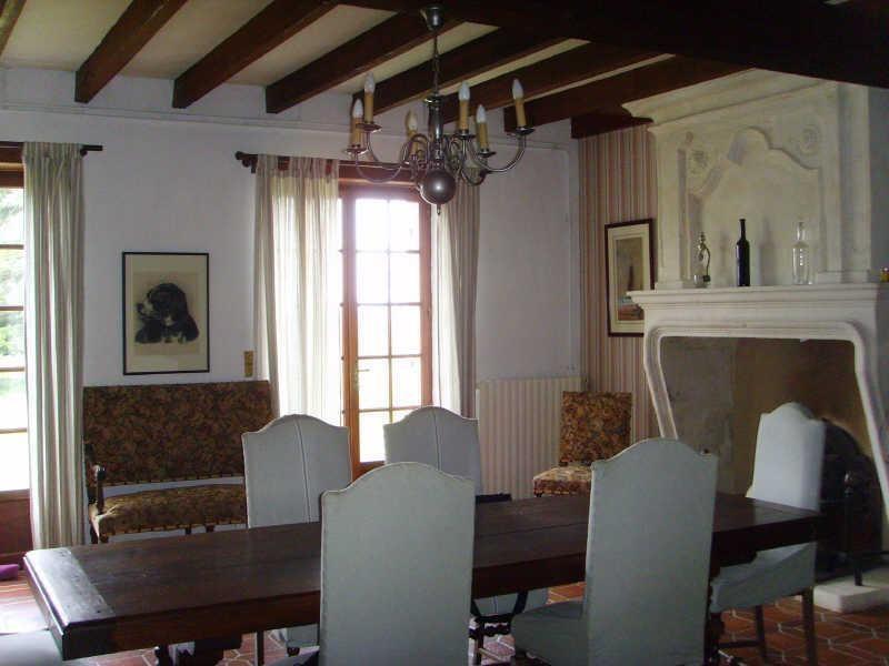 Sale house / villa Blaye 367500€ - Picture 3