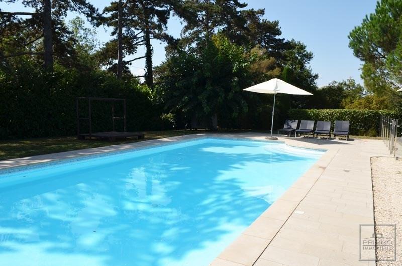 Deluxe sale house / villa Charbonnieres les bains 980000€ - Picture 3