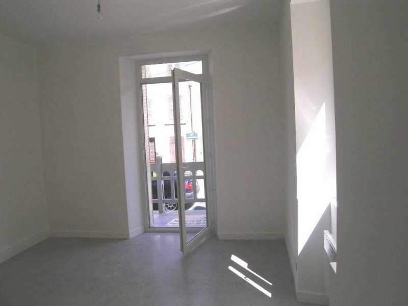 Location appartement Saint-laurent-du-pont 310€ CC - Photo 4