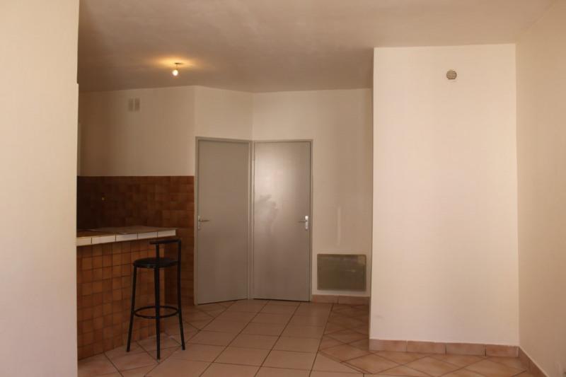 Locação apartamento Saint-just-saint-rambert 380€ CC - Fotografia 1