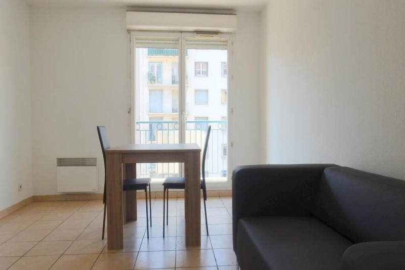 Rental apartment Nice 745€cc - Picture 2