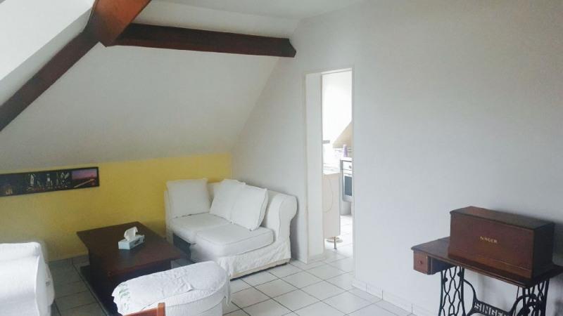 Sale apartment Troissereux 107000€ - Picture 1