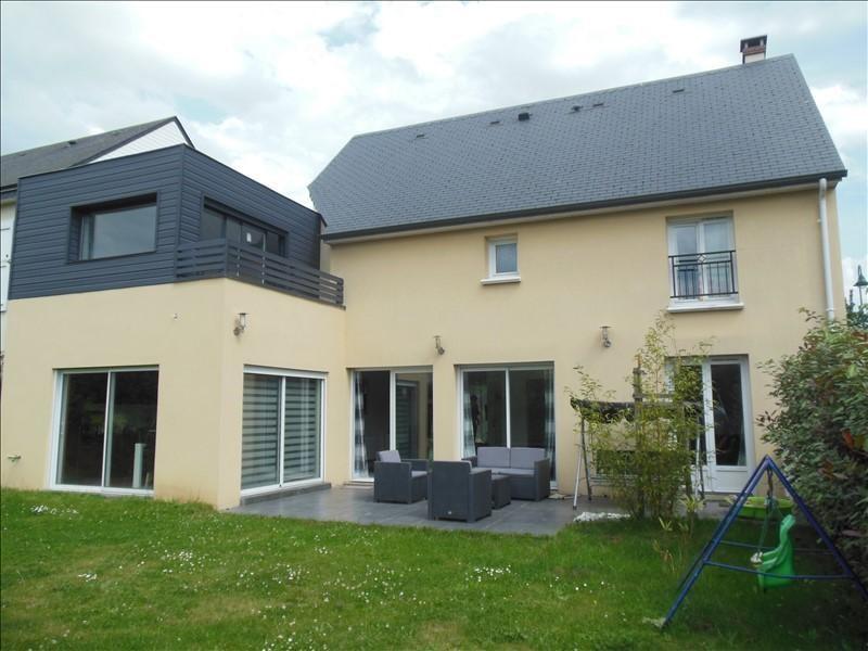Sale house / villa Franqueville st pierre 306000€ - Picture 1
