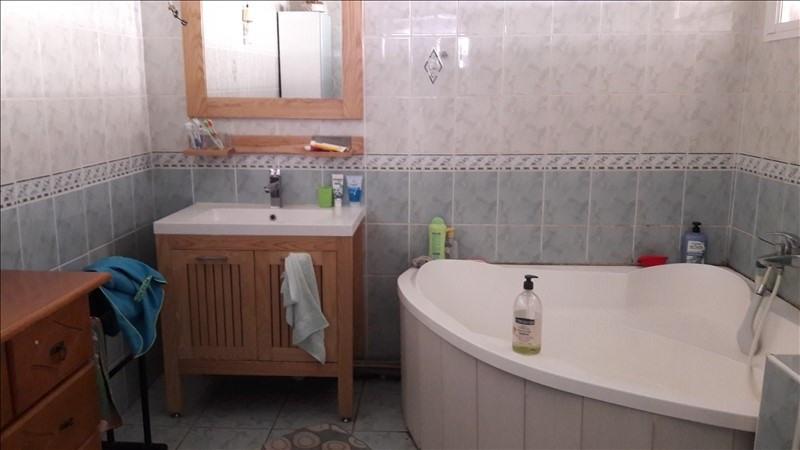 Sale house / villa La possession 210000€ - Picture 4