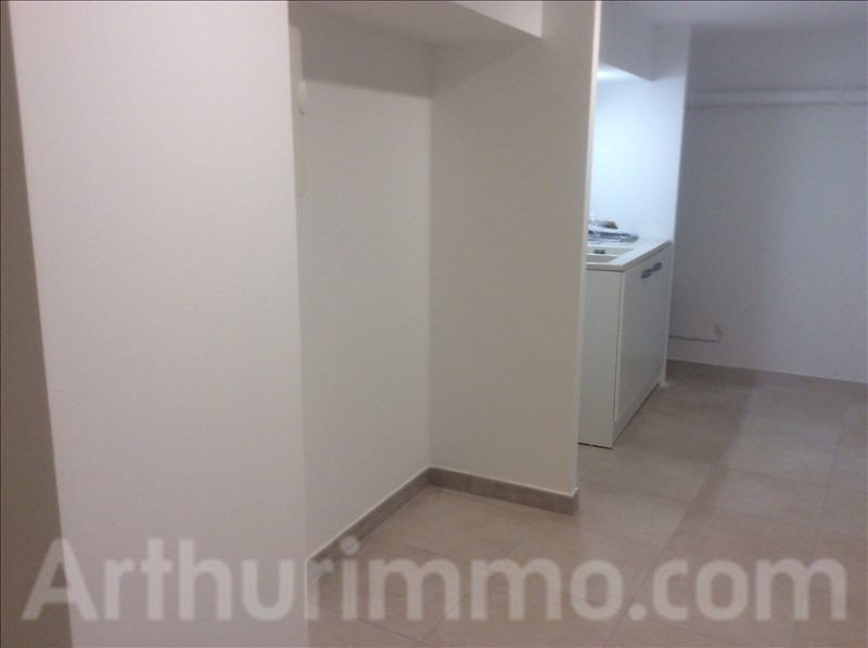 Rental empty room/storage Lodeve 550€ HT/HC - Picture 2