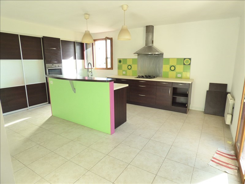 Location maison / villa St loubes 1 150€ CC - Photo 2