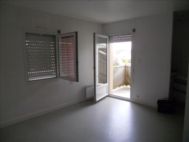 Location appartement Niort 343€ CC - Photo 1