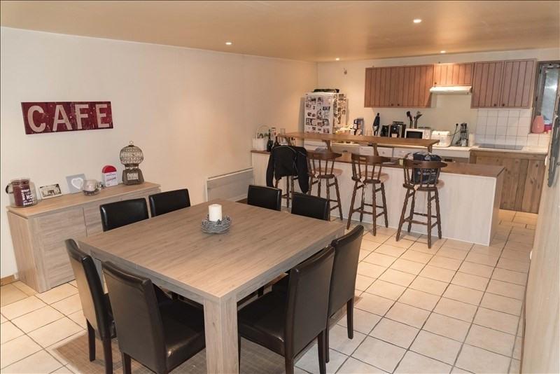 Rental apartment Condamine 710€ CC - Picture 1
