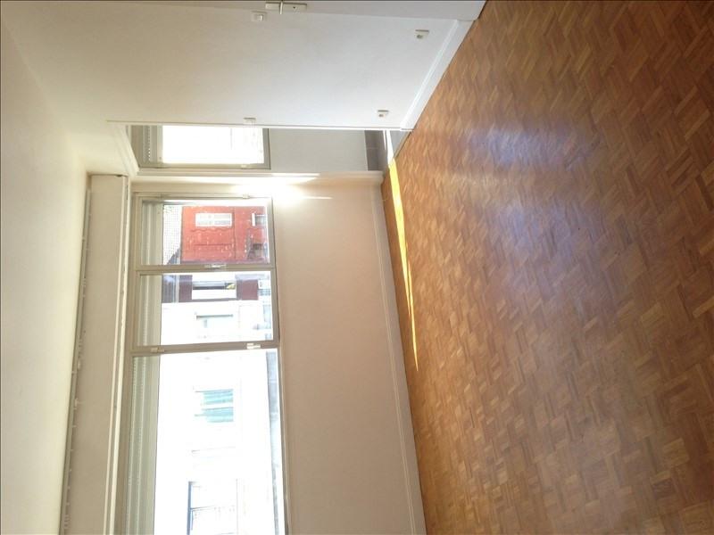 Location appartement Courbevoie 685€ CC - Photo 2