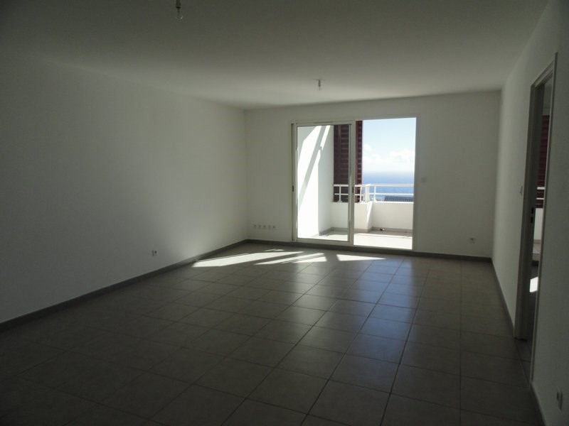 Vente appartement Ste clotilde 175 000€ - Photo 2