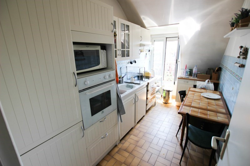 Verhuren  appartement Paris 17ème 2650€ CC - Foto 3