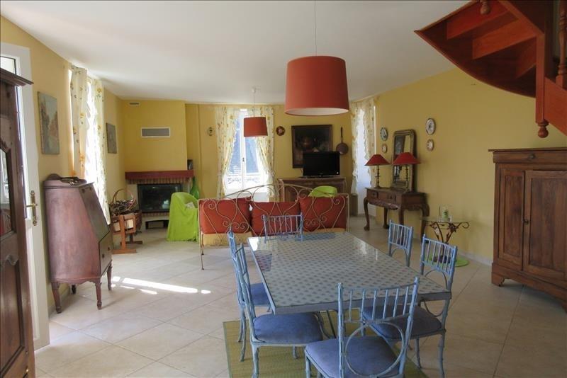 Sale house / villa Pont croix 177140€ - Picture 4