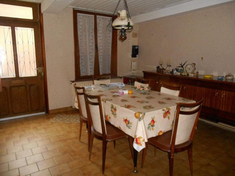 Sale house / villa Crevecoeur le grand 95 000€ - Picture 4