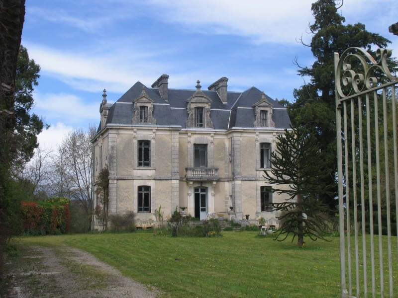 Deluxe sale chateau Verteillac 598500€ - Picture 1