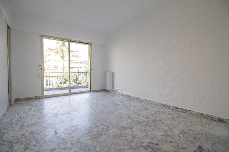 Sale apartment Nice 170 000€ - Picture 2