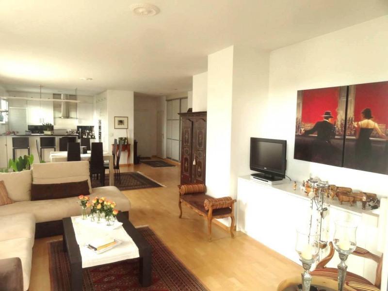 Deluxe sale apartment Gaillard 770000€ - Picture 1