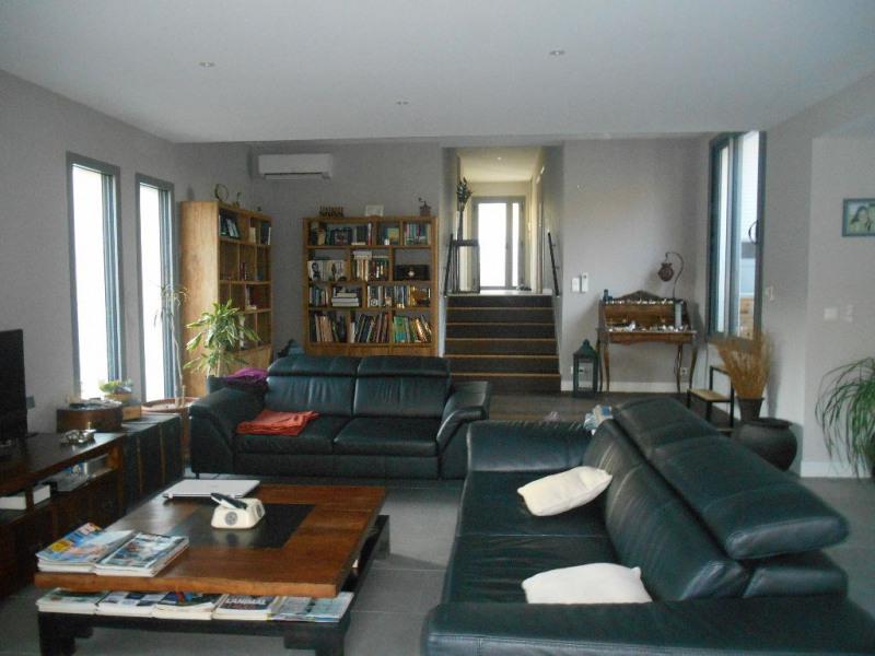 Deluxe sale house / villa La brede 668000€ - Picture 2