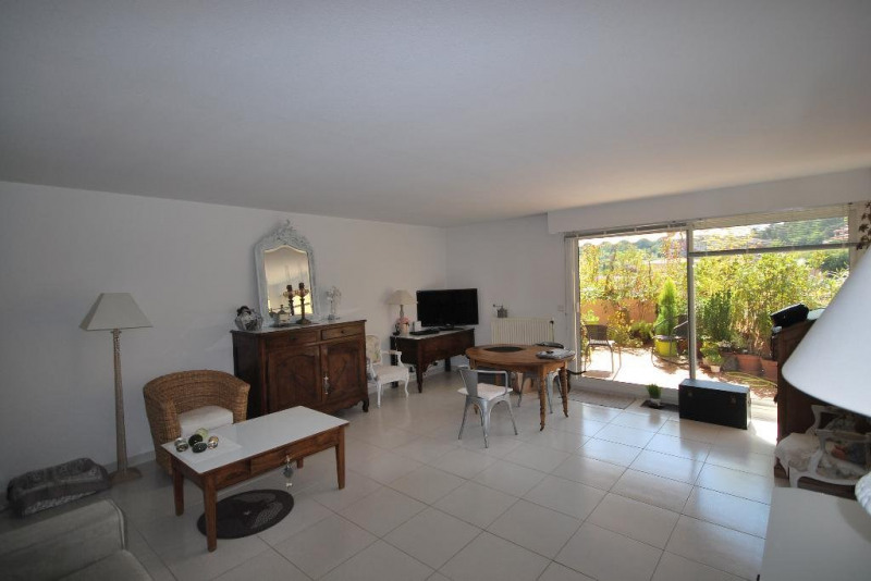 Sale apartment Mandelieu-la-napoule 530 000€ - Picture 1