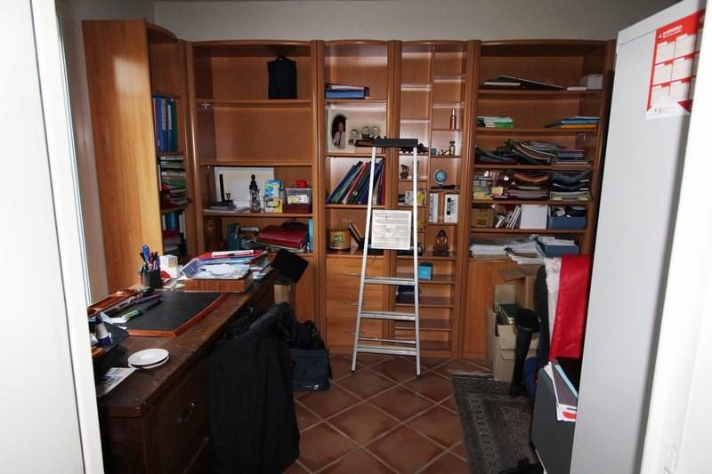 Rental house / villa Le mesnil st denis 1845€ CC - Picture 12