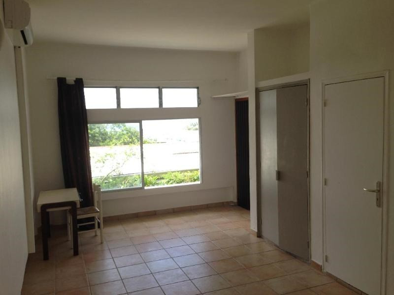 Location appartement Les trois  ilets 700€ CC - Photo 5