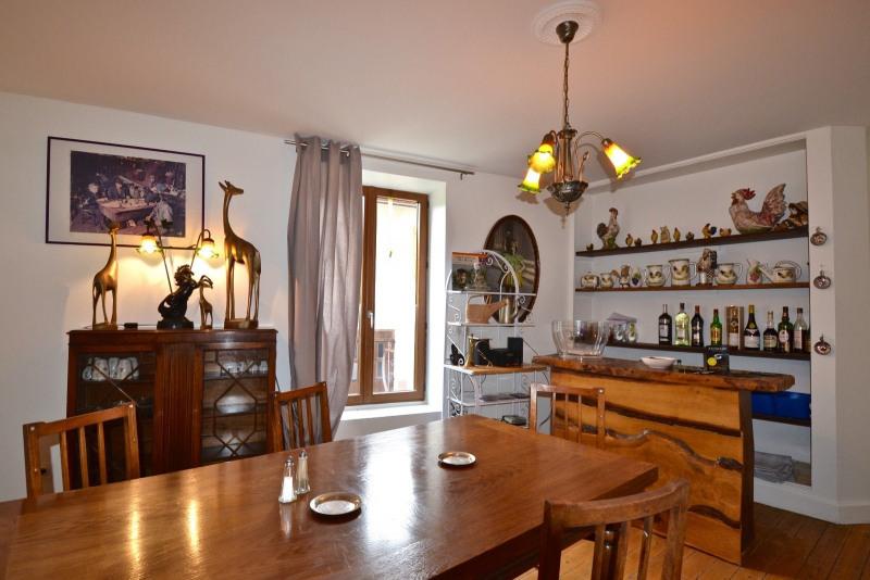 Sale house / villa Ouroux 165000€ - Picture 3