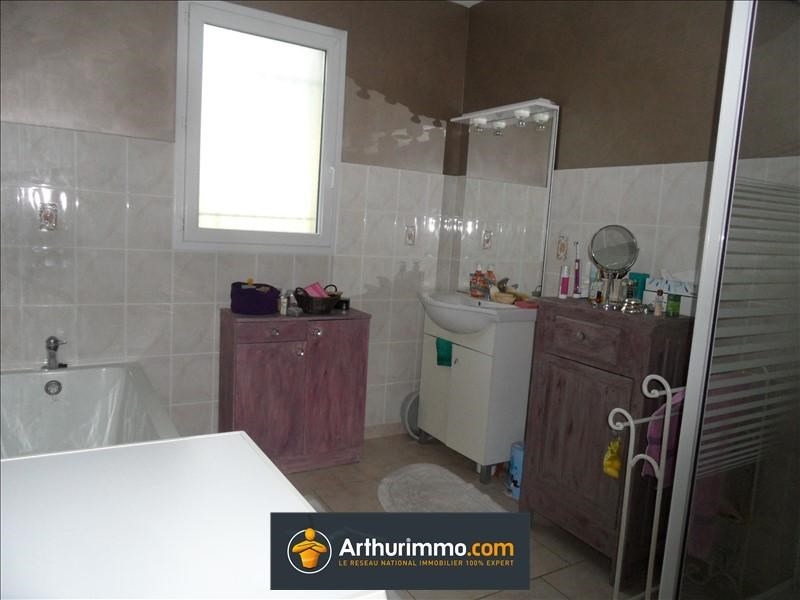 Location maison / villa St chef 850€ CC - Photo 3
