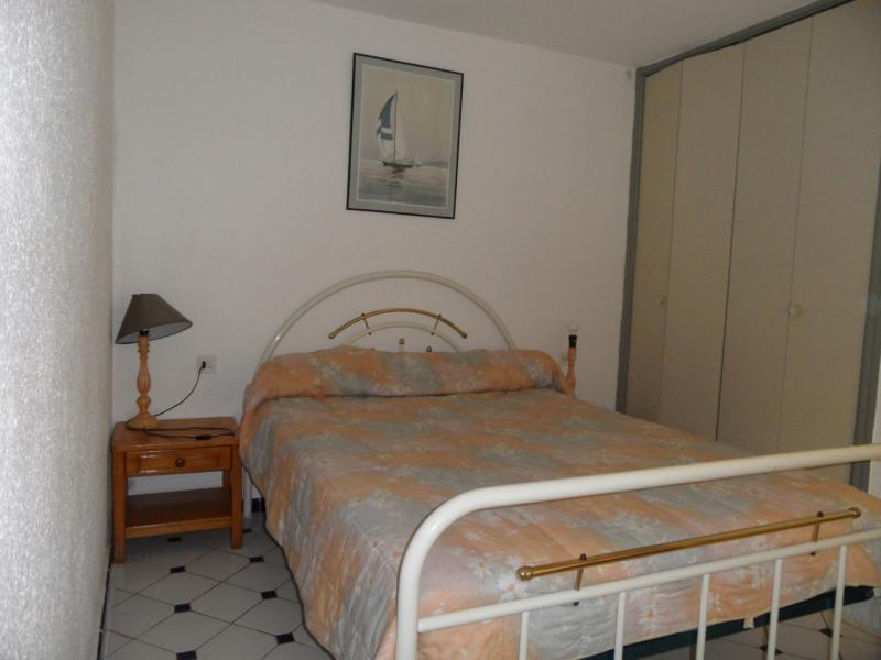 Location vacances maison / villa Le barcares 291,67€ - Photo 4