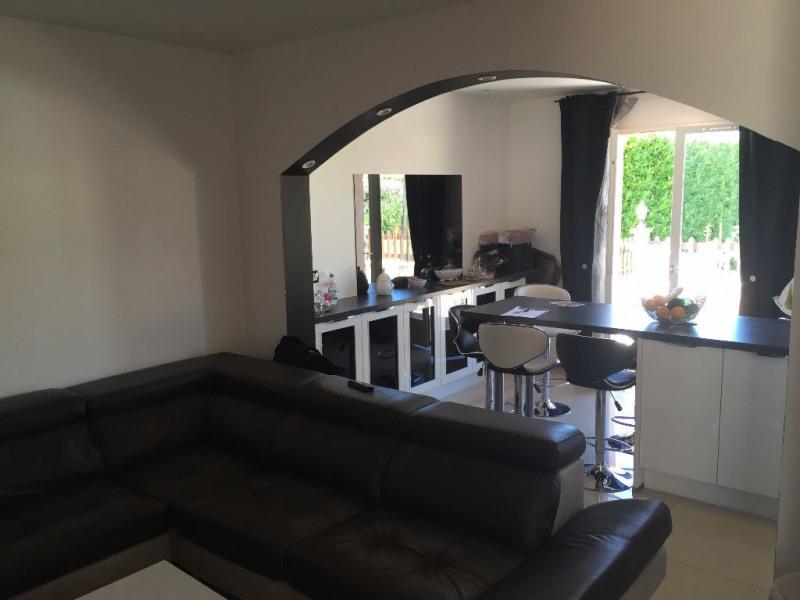 Vente maison / villa L isle d abeau 299000€ - Photo 3