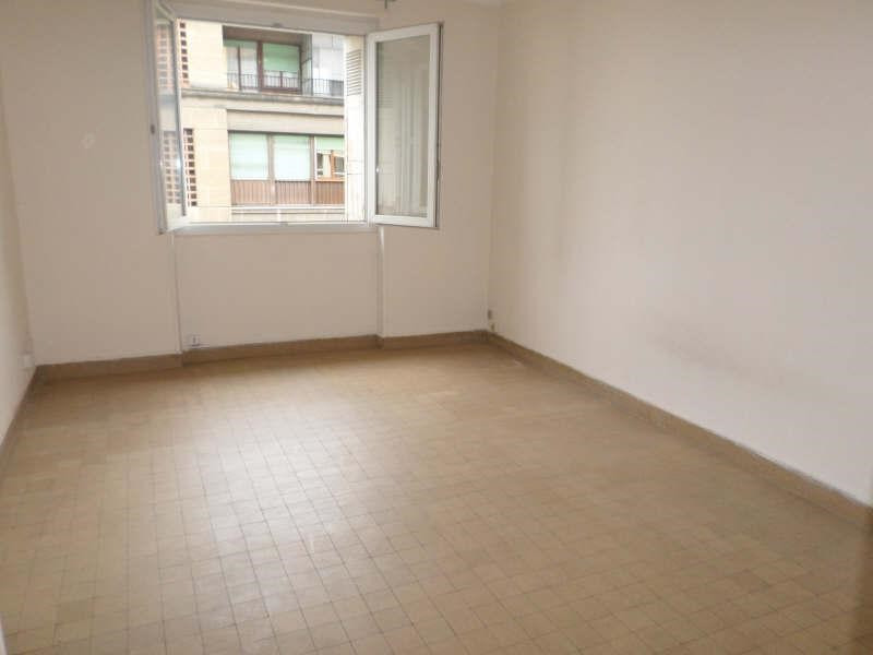 Location appartement Marseille 2ème 390€ CC - Photo 2