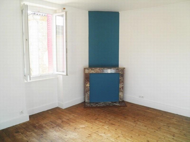 Sale house / villa St christophe et le laris 99000€ - Picture 6