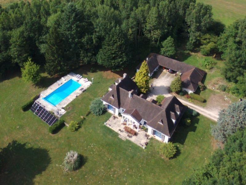 Vente maison / villa Jars 330000€ - Photo 1