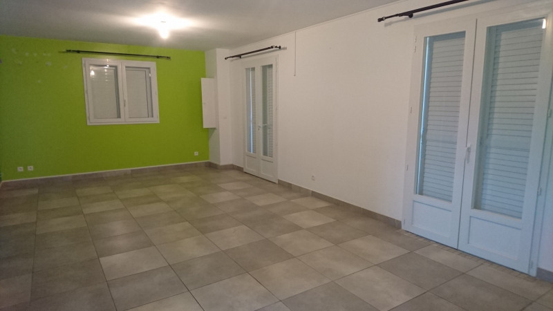 Rental house / villa Sainte-marie 1 300€cc - Picture 9