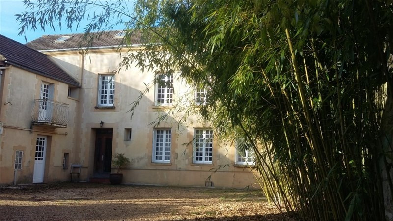 Sale house / villa Chaussy 530 000€ - Picture 1