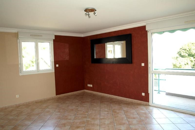 Location appartement Reignier-esery 1 300€ CC - Photo 2