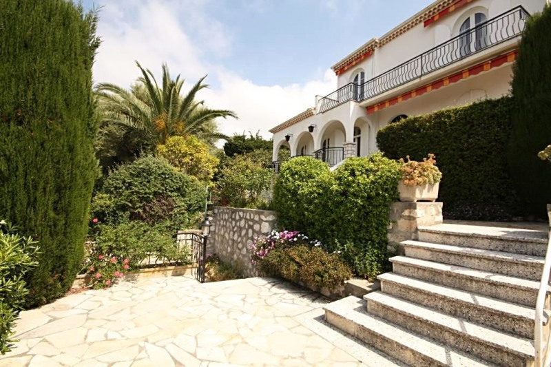 Deluxe sale house / villa Antibes 1 190 000€ - Picture 1