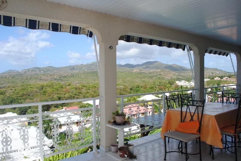 Sale house / villa Sainte luce 409500€ - Picture 3