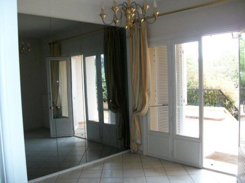 Vente maison / villa Commelle-vernay 305000€ - Photo 7