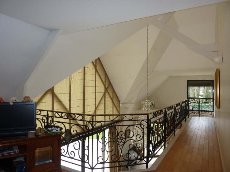 Deluxe sale house / villa Lamorlaye 1560000€ - Picture 2