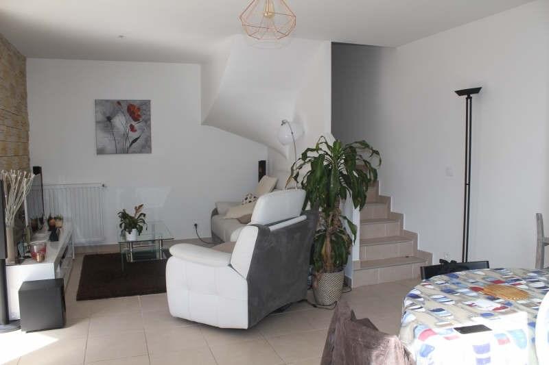 Sale house / villa Houilles 395000€ - Picture 2