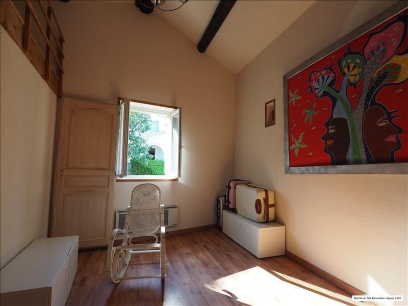 Vendita casa Laudun 372500€ - Fotografia 5